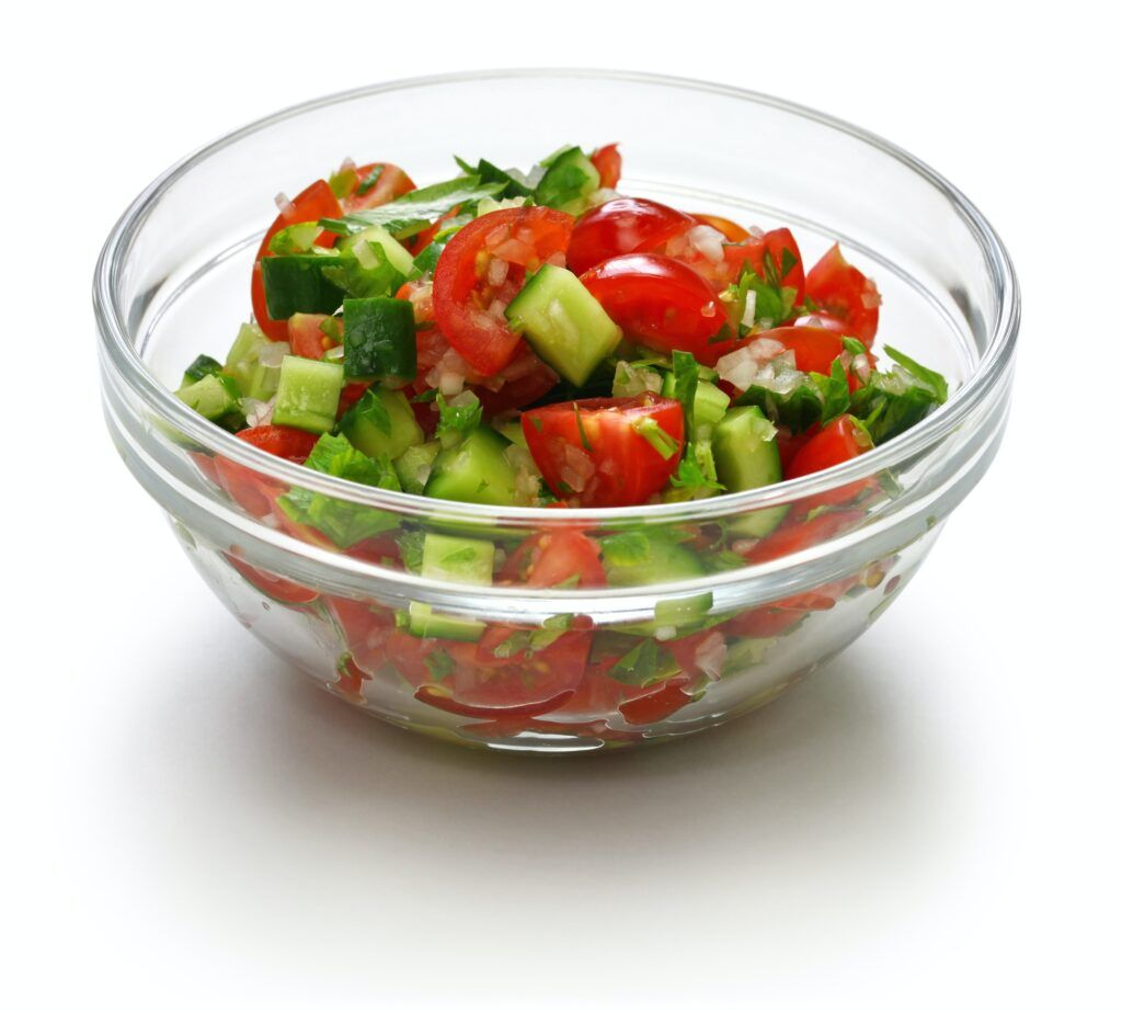 israeli salad, chopped salad, salat katzutz